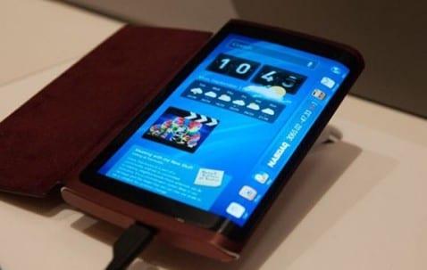 Dispositivo con pantalla curvada
