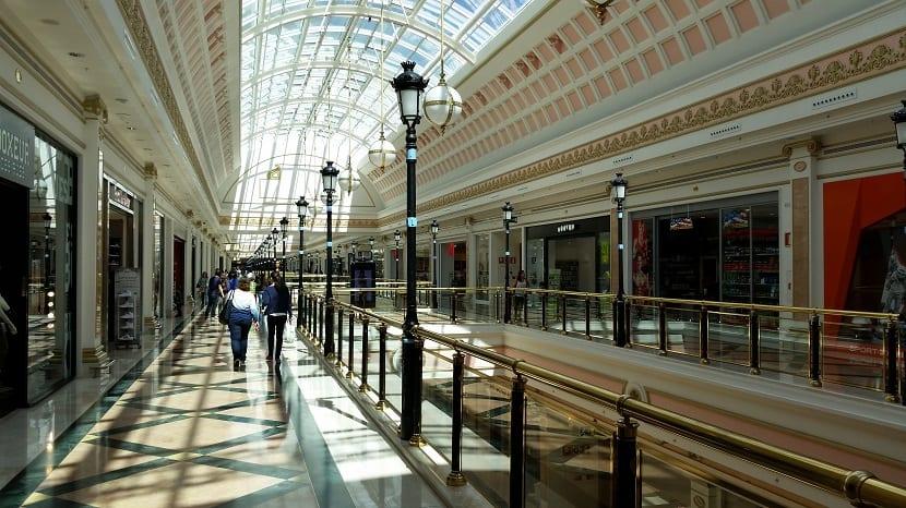 Interior Gran Plaza 830