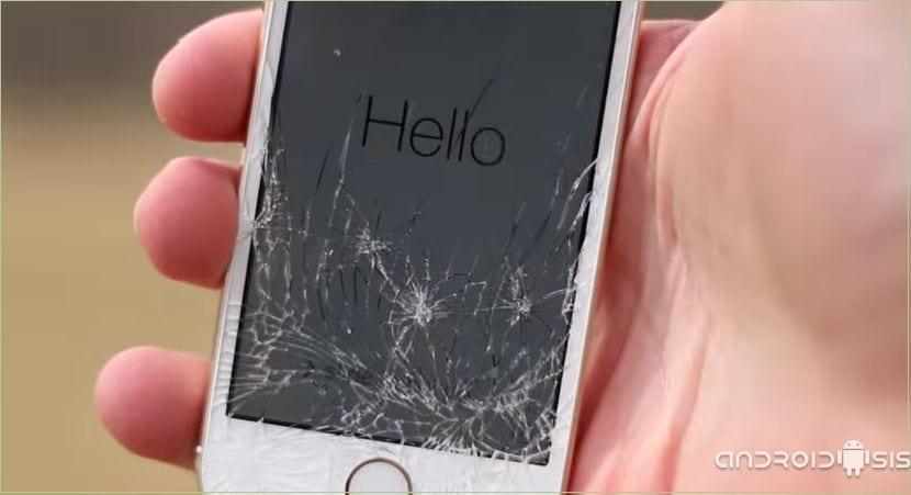 Test de resistencia: HTC One M8 vs Samsung Galaxy S5 vs iPhone 5s