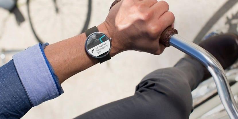 Smartwatch mientras se conduce