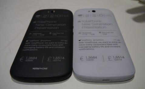 YotaPhone 2 blanco.