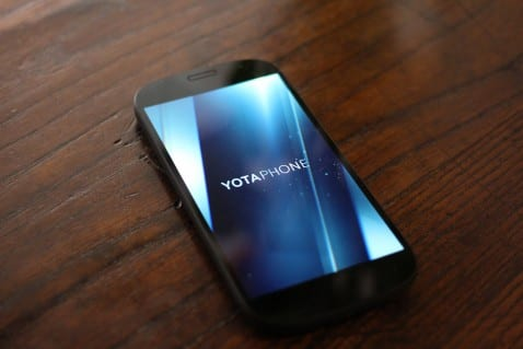 YotaPhone2 frontal.