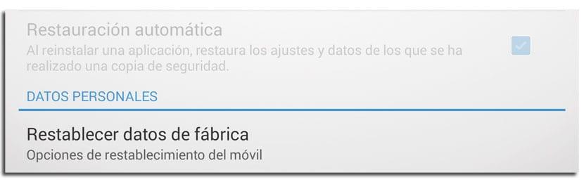 Restablecer datos de fábrica para eliminar virus en Android