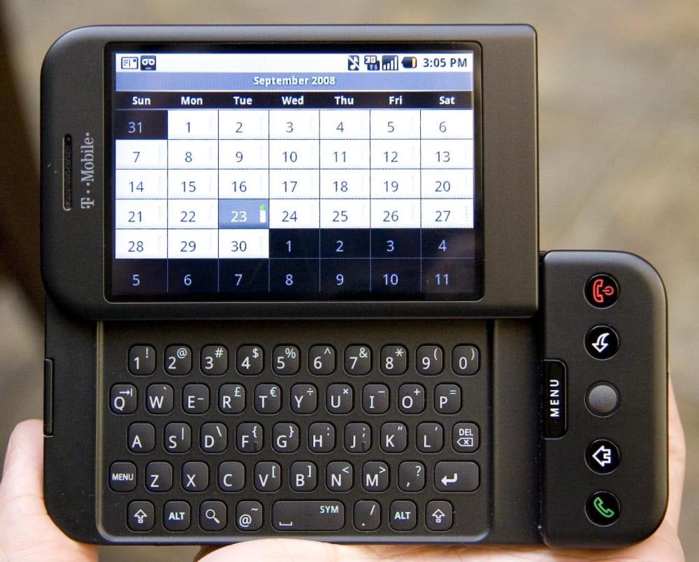 Primer smartphone con Android.