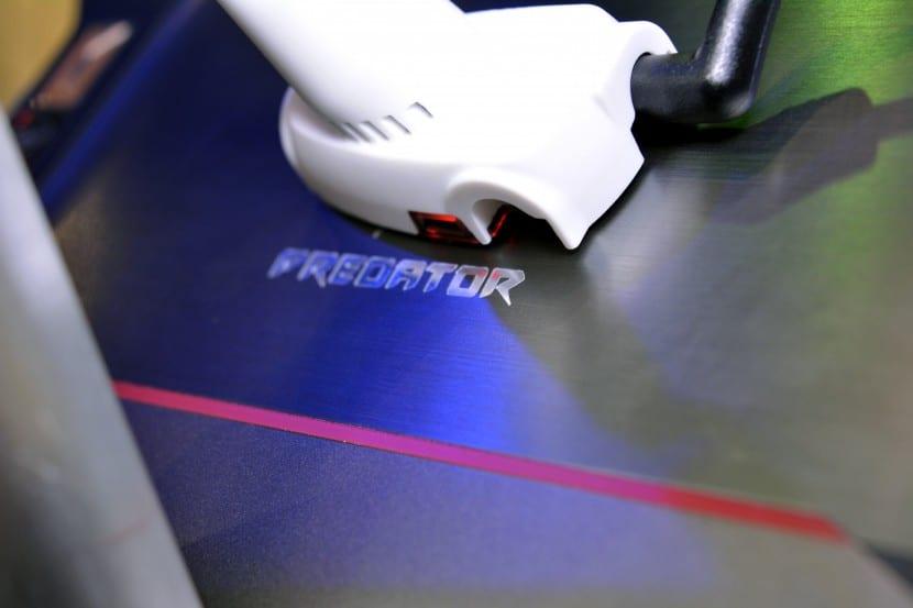 Acer Predator 8 (2)