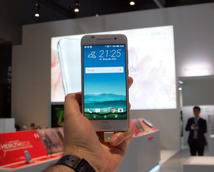 HTC A9 (1)