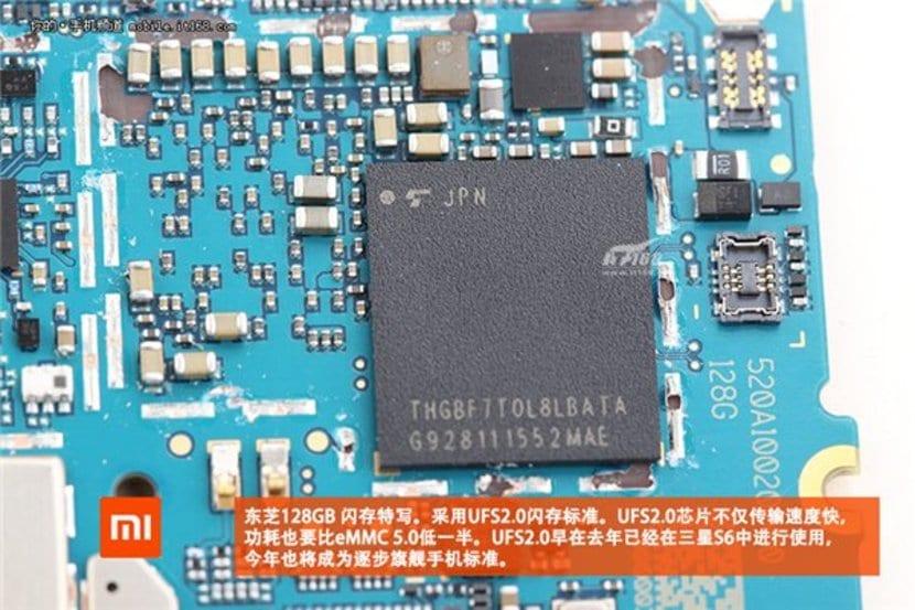 Xiaomi Mi 5 desmontado 4.redimensionada