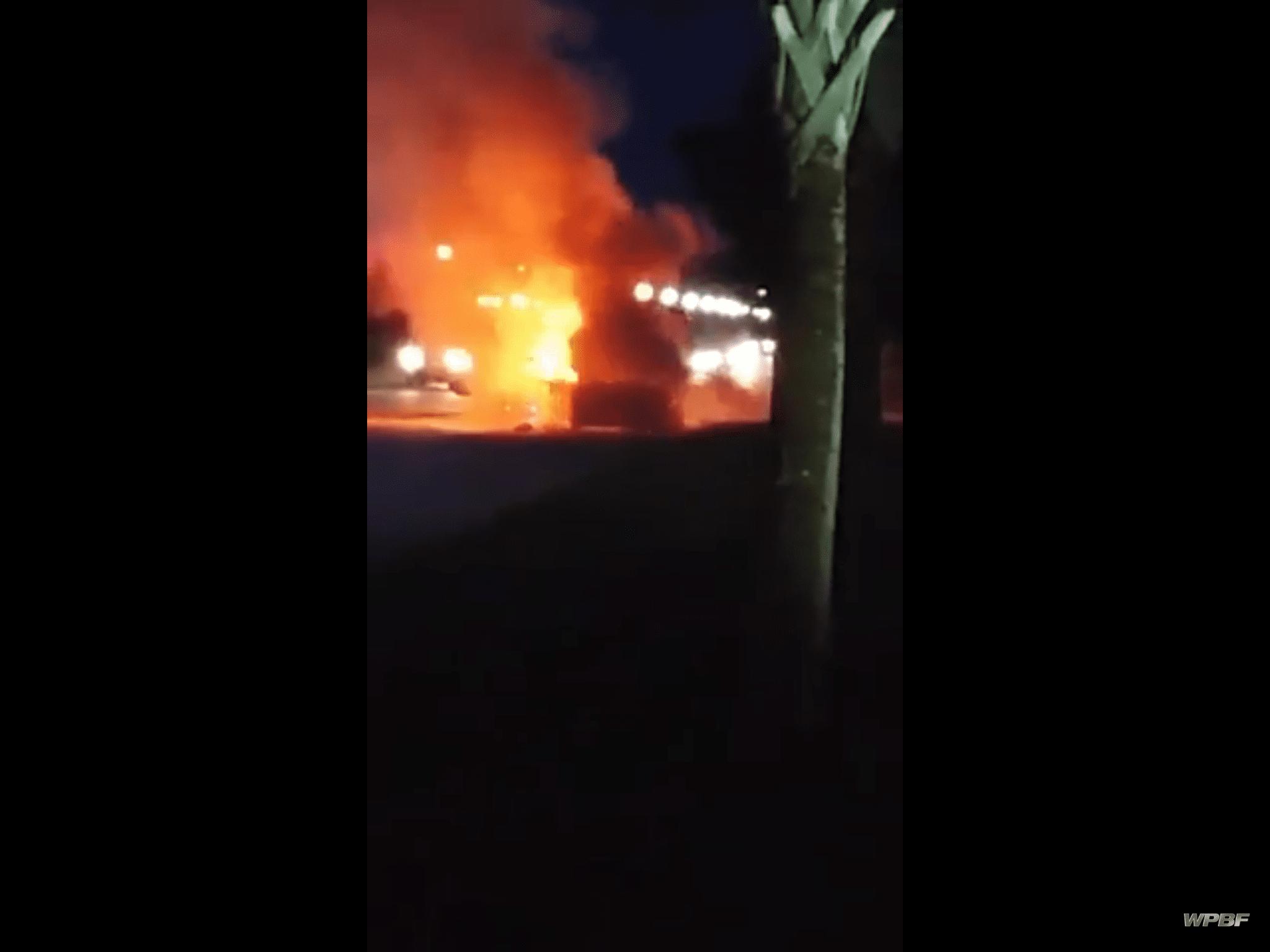 coche en llamas por culpa del Samsung Galaxy Note 7
