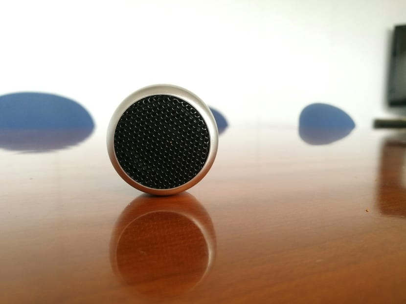 WTF Smart Speaker frontal