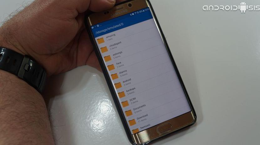 3 Exploradores de archivos gratuitos para Android muy simples