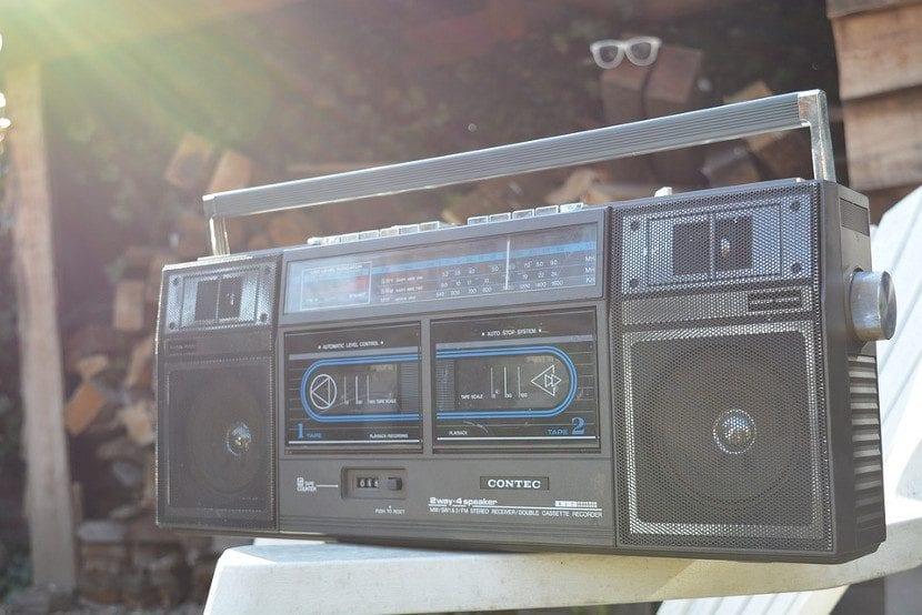 La radio convencional ya no es lo que era desde el uso del smartphone