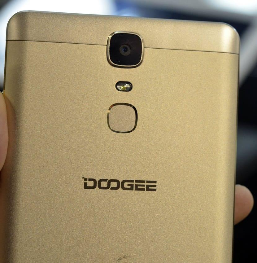 Doogee Y6 MAX 3D sensor de huellas dactilares