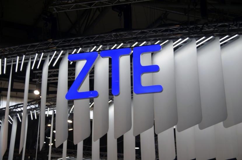 Logo ZTE en MWC 2017