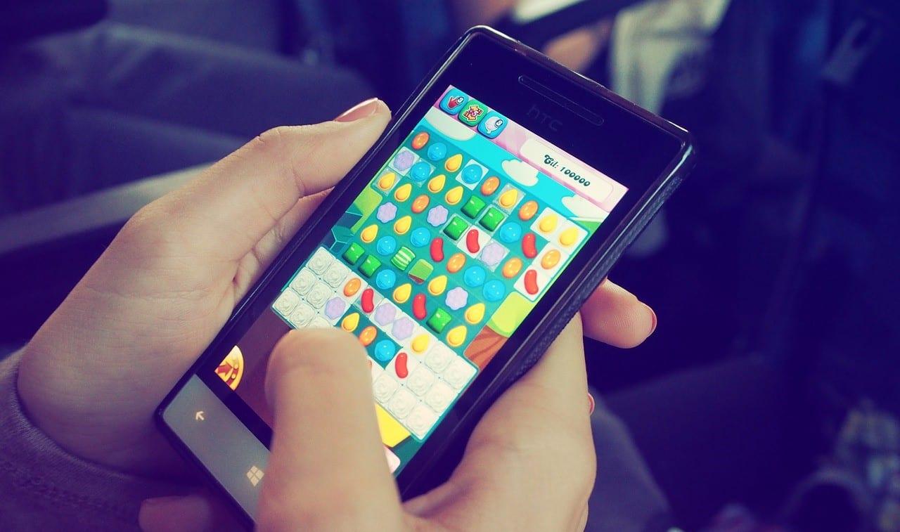 Juegos para móviles - Candy Crush
