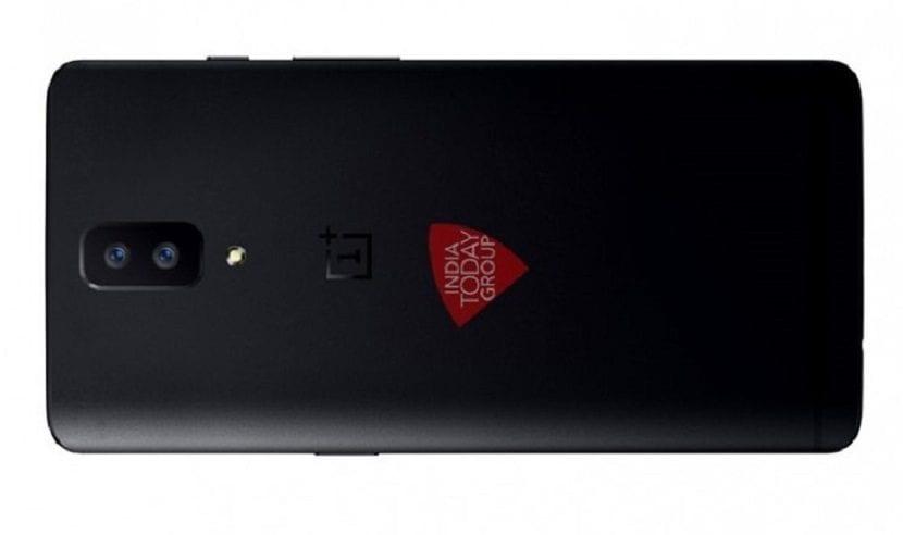 OnePlus 5 - Carcasa trasera con cámara dual