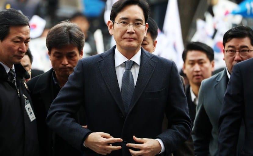 Jay Y. Lee, vicepresidente de Samsung, condenado a 5 años de cárcel