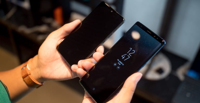 Galaxy Note 8 vs Essential Phone