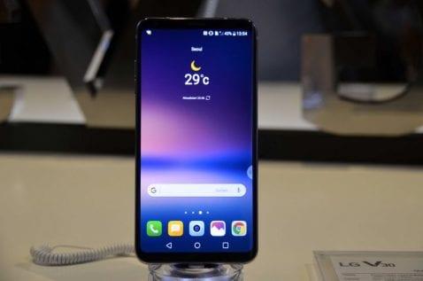 pantalla del LG V30