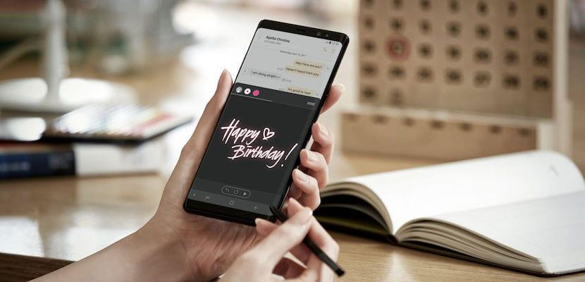 Cómo crear y enviar Live Messages desde el Samsung Galaxy Note 8