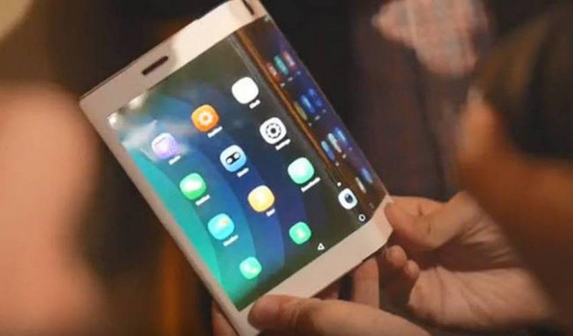 Samsung - Móvil plegable