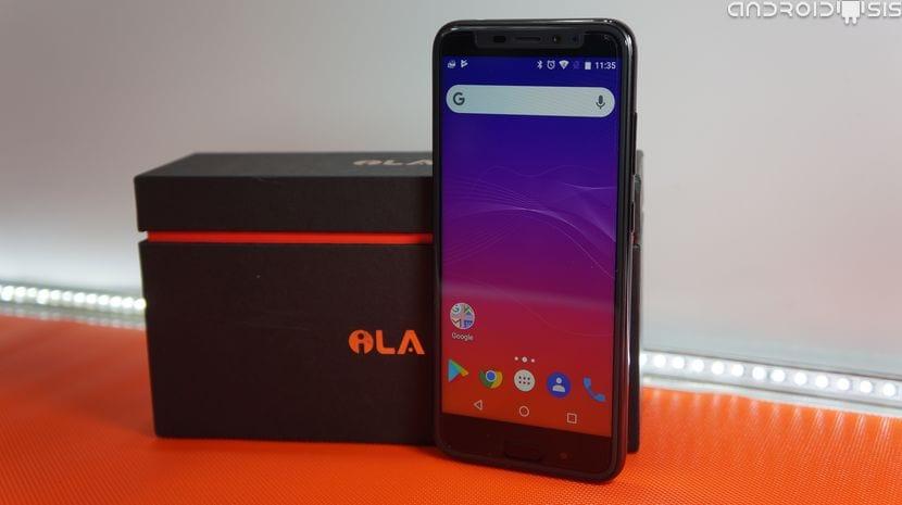 Unboxing y primeras impresiones del Ila X, clon del iPhone X por poco más de 100 Euros