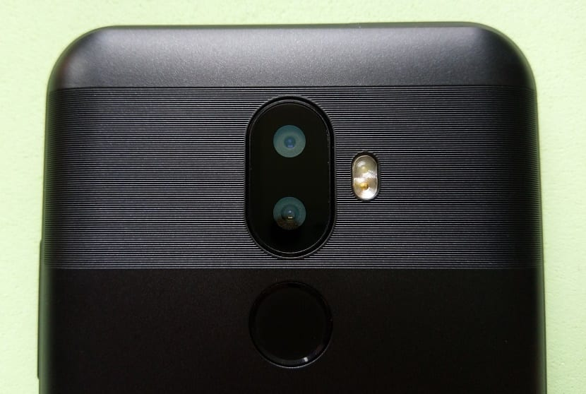 OUKITEL U18 cámara