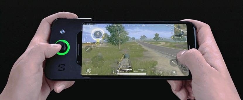 smartphone gamer