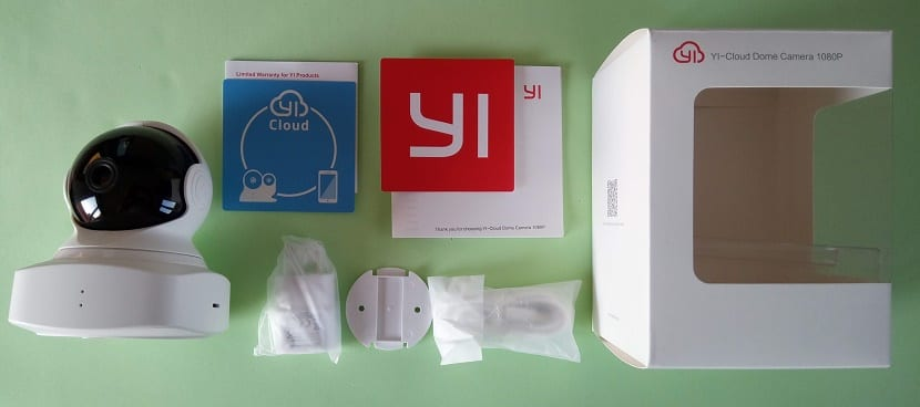 YI-Cloud Dome Camera caja