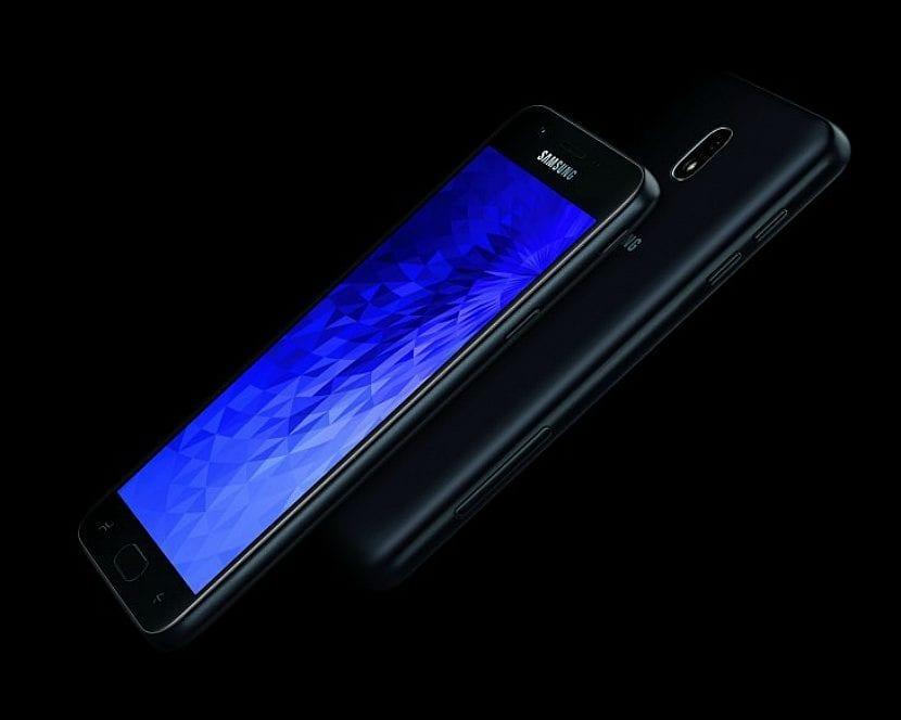Especificacione del Samsung Galaxy J7 (2018)