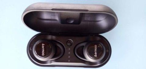 Aermoo B3 funda y auriculares
