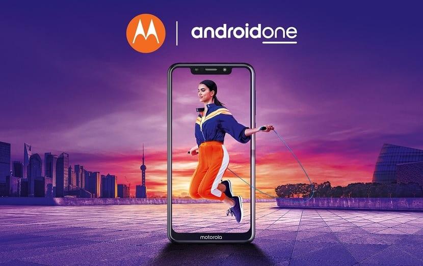 Motorola Moto One