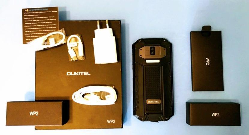 OUKITEL WP2 contenido de la caja