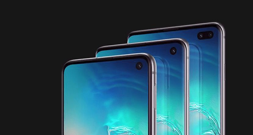 Galaxy S10 agujero pantalla