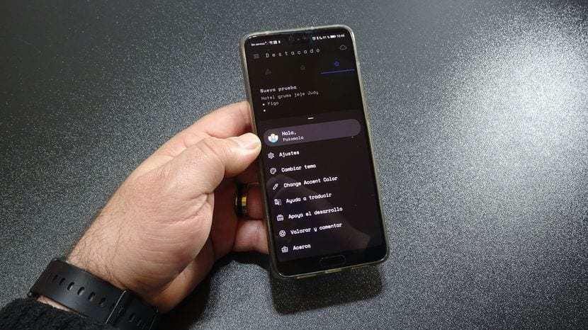 Una muy buena alternativa a Google Keep compatible con huella dactilar e interfaz Black AMOLED
