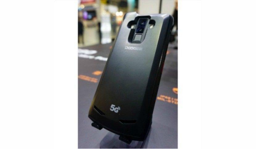Doogee S90, el renovado teléfono modular 5G