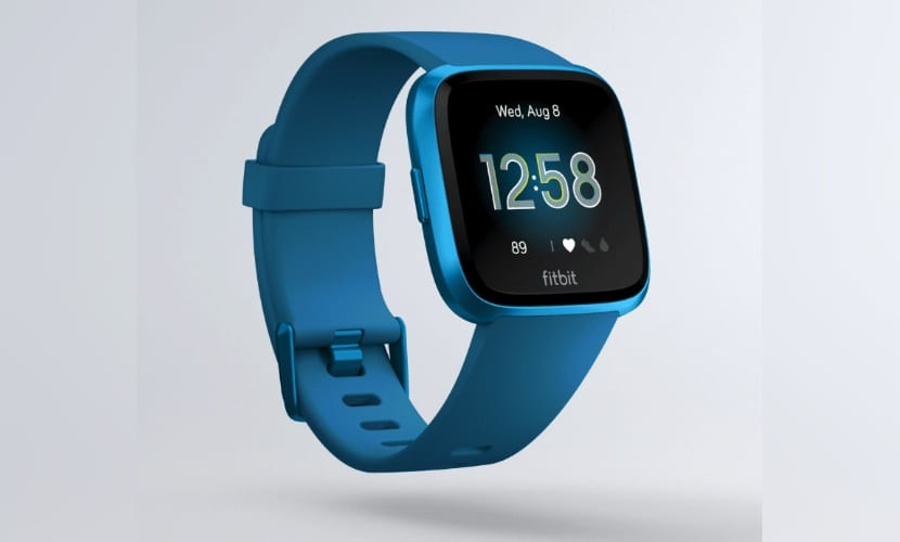 Fitbit Versa Lite es la  nueva puesta de Fitbit por los smartwatches