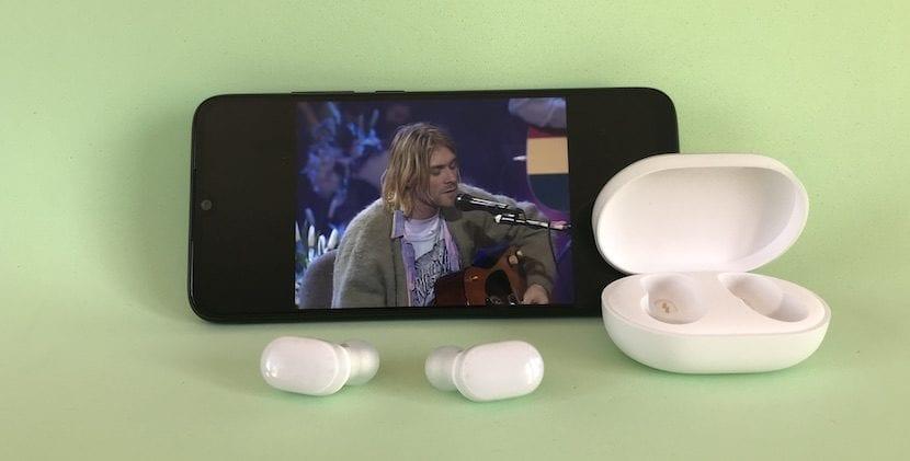 Redmi Note 7 con AirDots
