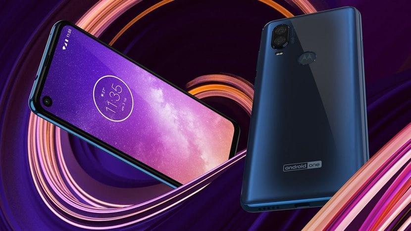 Resultado de imagen para Motorola anuncia un nuevo teléfono Android One con cámara de 48 MP y pantalla cinematográfica.