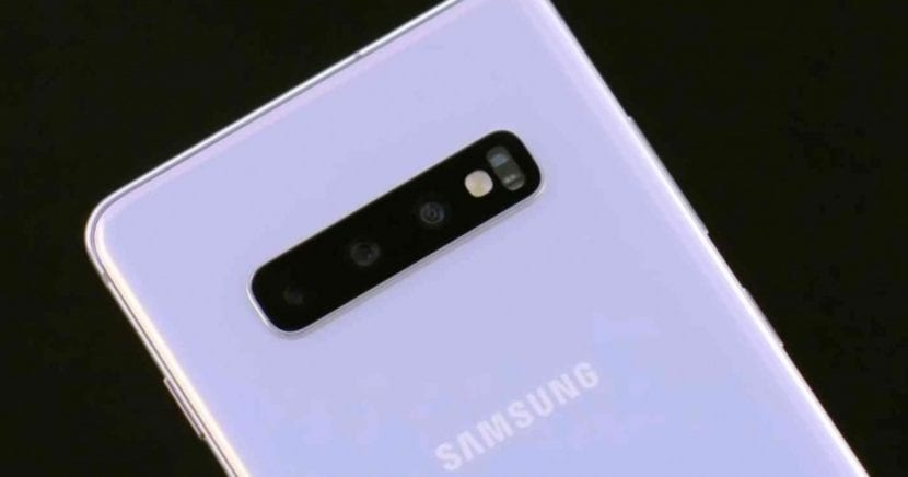 Cámara del <stro />Samsung</strong>® Galaxy S10″ width=»830″ height=»436″ srcset=»https://www.androidsis.com/wp-content/uploads/2019/05/camara-del-samsung-galaxy-s10-830×436.jpg 830w, <a target=