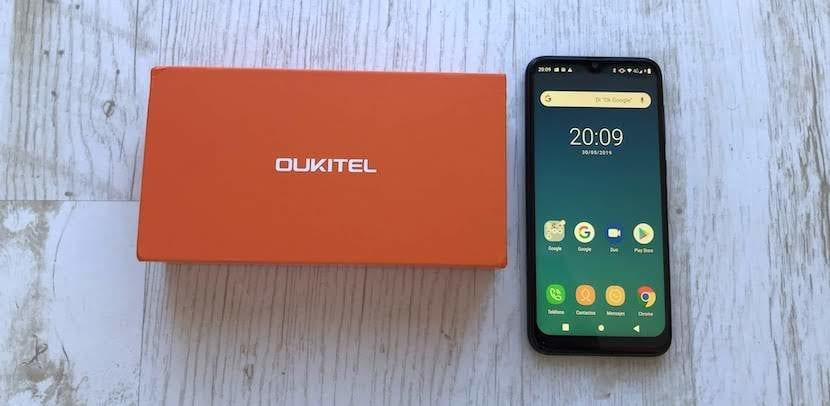 OUKITEL C15 Pro pantalla
