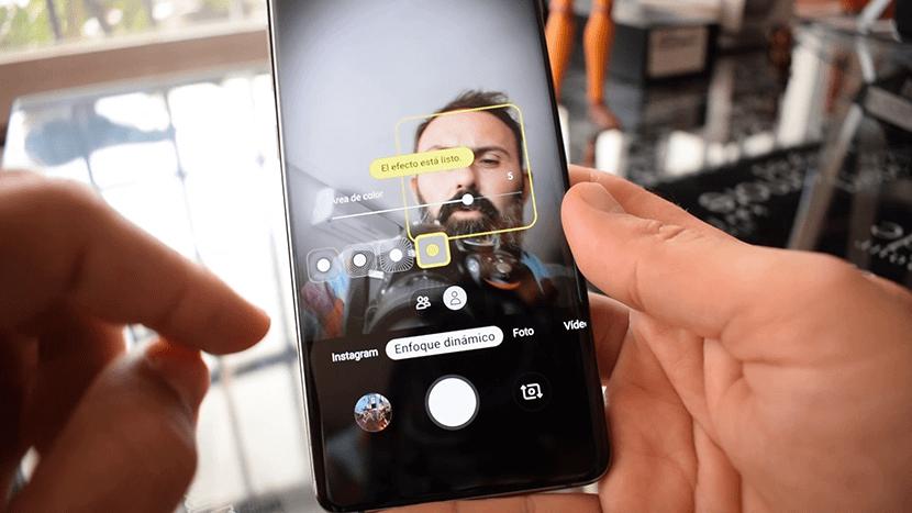 Enfoque dinámico en selfies