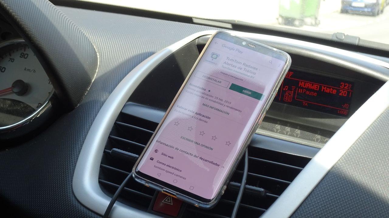 Este es el mejor avisador de radares gratis para Android. (Compatible con todos los GPS, incluso Maps de Google)