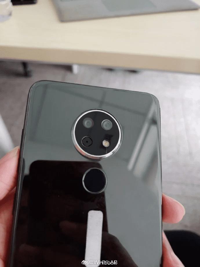 Nokia TA-1198 con triple cámara circular filtrado