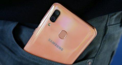Posible Galaxy A01 bolsillo