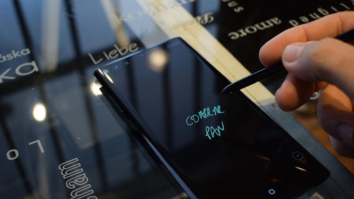 Tomar informativos en pantalla apagada del Note 10