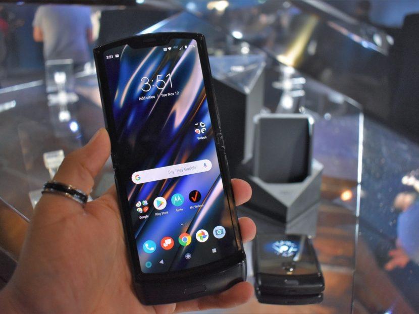 Nuevo Motorola Razr con pantalla flexible
