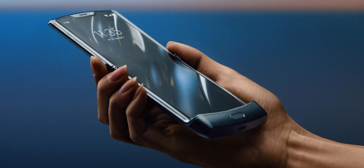Motorola quiere que abramos lo menos posible el RAZR con la actualización a Android 10