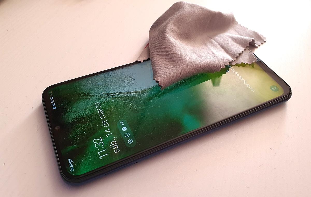 Cómo limpiar tu móvil