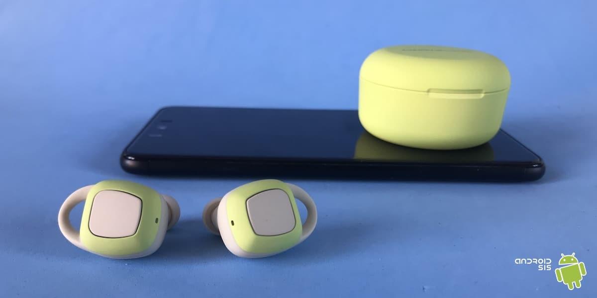 Energy Sistem sport 6 con smartphone