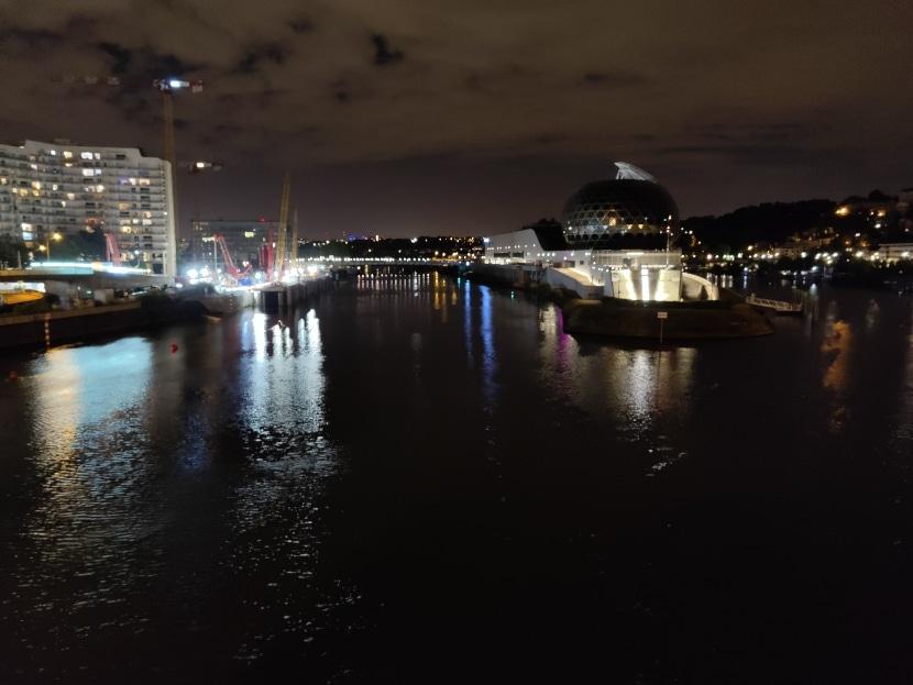 Foto de noche tomada con el OnePlus 8 Pro